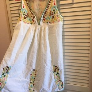 Forever 21 embroidered summer dress